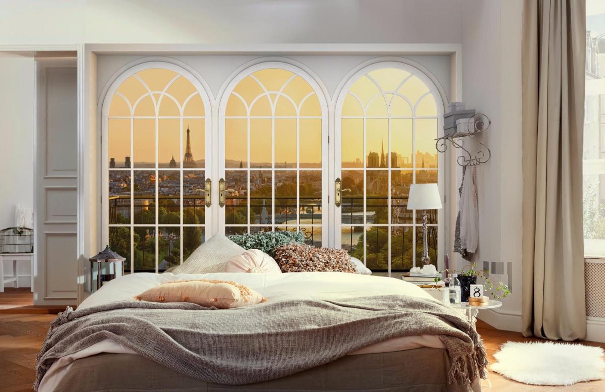 Спальня с настенными часами фото последнее время