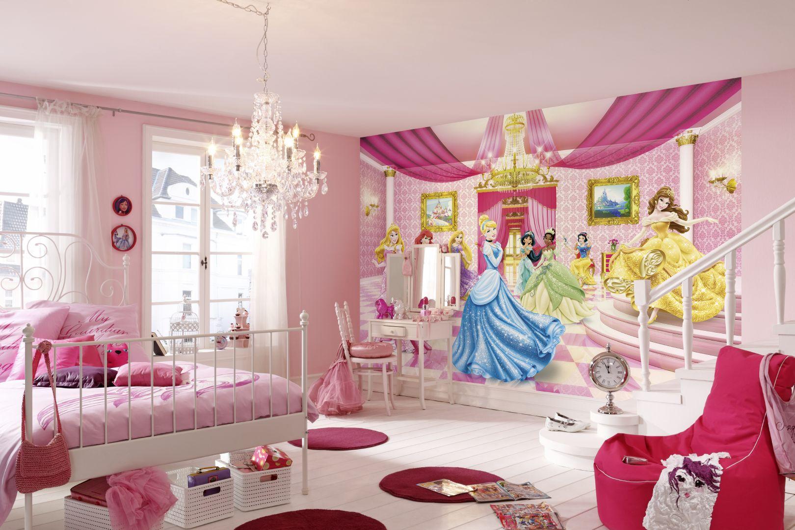 Детские фотообои на стену «Принцессы ...: 100oboi.ru/catalog/fotooboi/komar_4_parts2/komar_8_476_princess...
